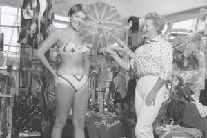 Создательницу бикини признали живой легендой