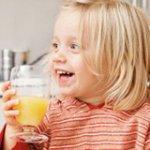 О вреде чрезмерного потребления соков