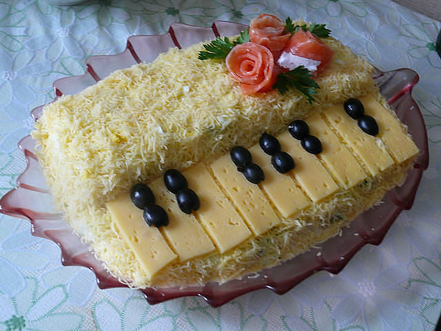 "Салат ""Белый рояль"""