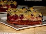 Вишневый пирог с миндальной крошкой