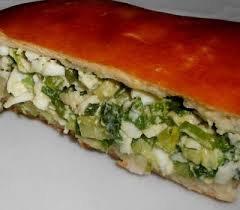 Пирог с зеленым луком в мультиварке